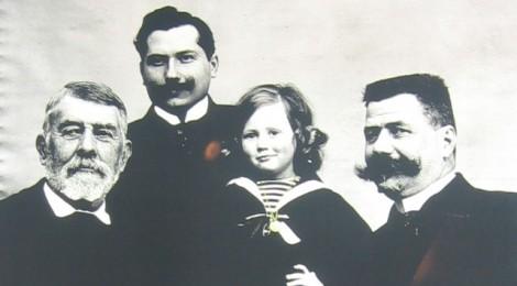 1907  4 des 5 générations Bohin