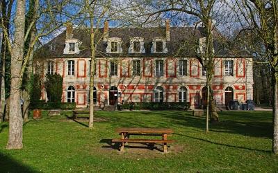 chateau de Marcoussis2